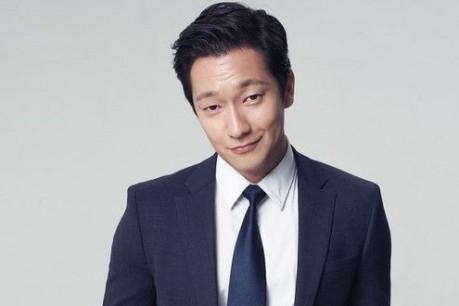 Sneek Peek On Sohn Suk-gu Marie Claire Korea Pictorial + Interviews