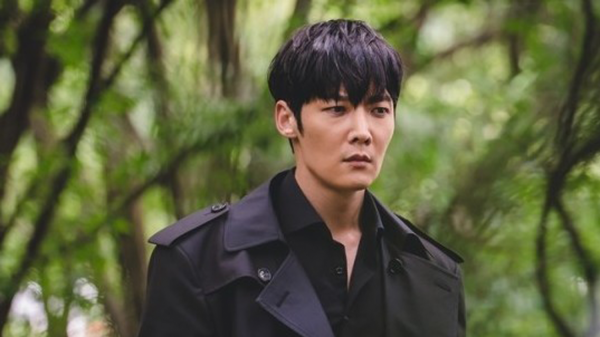 """First Ever Stills of Actor Choi Jin Hyuk In Upcoming Zombie Drama """"Zombie Detective"""" + New Casting News"""