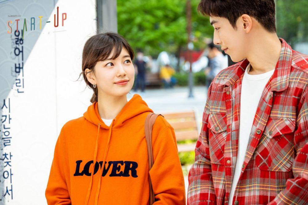 "Upcoming Drama ""Start-Up"" Shares New Stills of Suzy and Nam Joo Hyuk on a Fine Sunny Day | KDramaStars"