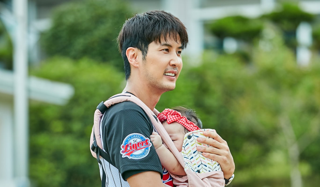 5 Korean Actors Who Are Daddy Material as Seen in Their Performances in Dramas/Films