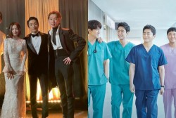 'Hospital Playlist' Actors Showcase Their Playful Bond in Backstage Photos At 2020 Mnet Asian Music Awards