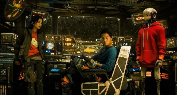'Space Sweepers' Season 2 Rumors: Will Song Joong Ki and Kim Tae Ri Return?