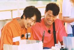 Lee Kwang Soo and Kim Jong Kook