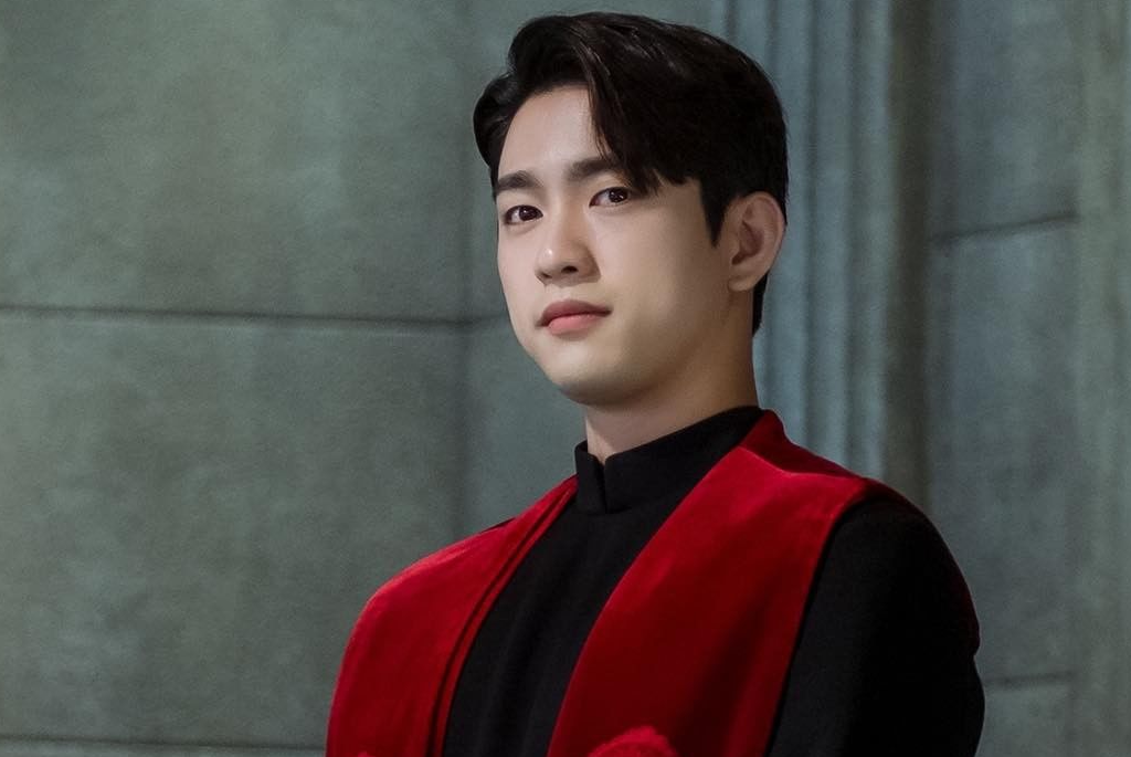 The Devil Judge' Episode 2: Jinyoung Becomes Suspicious of Ji Sung's Heroic  Act   KDramaStars