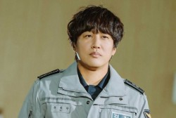Cha Tae Hyun as Yoo Dong Man in Police University
