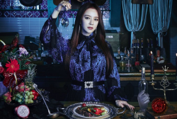 Song Ji Hyo - The Witch's Diner