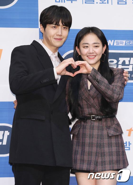 Kim Seon Ho and Moon Geun Young