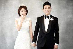 Lee Jung Soo and wife