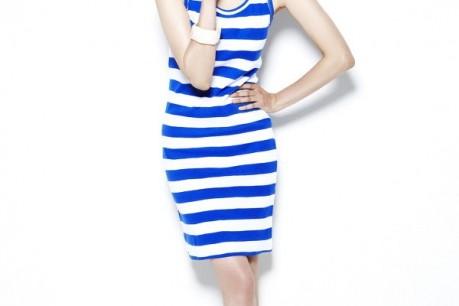 Jo Yoon Hee with Women's Clothing 'Smile Market'