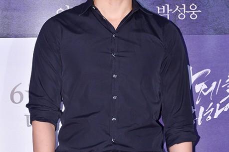 2PM's Ok Taecyeon